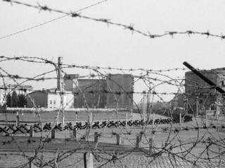 Berlin_1962 the_early_wall - Gustav Eckart, Photographie