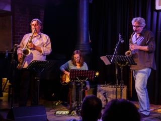 Ches Smith & These Arches - Tony Malaby Mary Halvorson Tim Berne 20140429 - Gustav Eckart, Photographie
