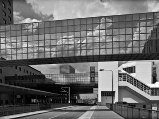 "interurban train station ""Messe Frankfurt"" 2008 - Gustav Eckart, Photography"