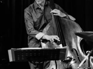 Marc Muellbauer 20130413 - Gustav Eckart, Fotografia