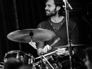 Dan Weiss 20130314 - Gustav Eckart, Fotografia