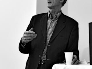 William Ewing curator - Gustav Eckart, Fotografia