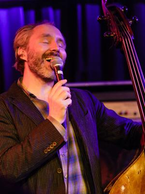 The Bad Plus: Reid Anderson 20140408 - Gustav Eckart, Fotografie