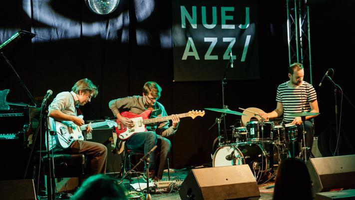 Tobias Hoffmann Trio NUEJAZZ 2014-10-16 - Gustav Eckart, Fotografie