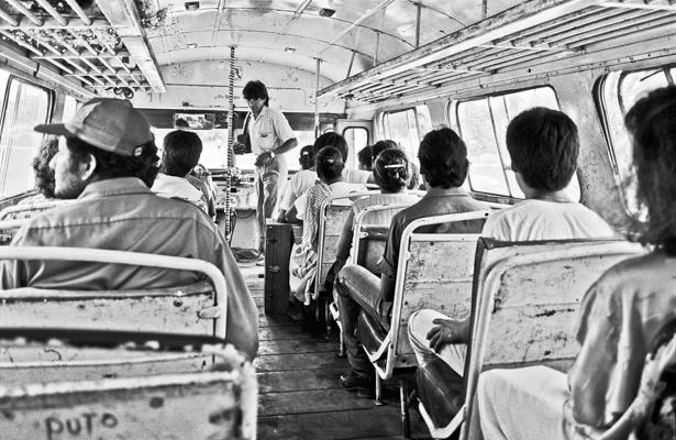 inside bus near Cempoala (Mexico 1988) - Gustav Eckart, Photography