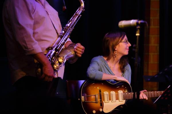 Ches Smith & These Arches - Tony Malaby Mary Halvorson 20140429 - Gustav Eckart, Photographie