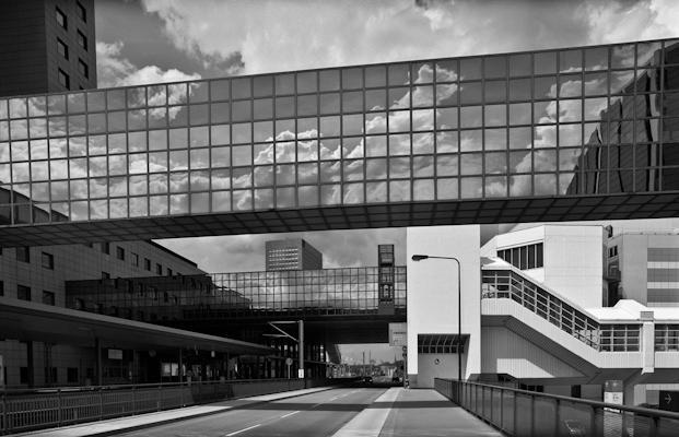 "station RER ""Messe Frankfurt"" 2008 - Gustav Eckart, Photographie"