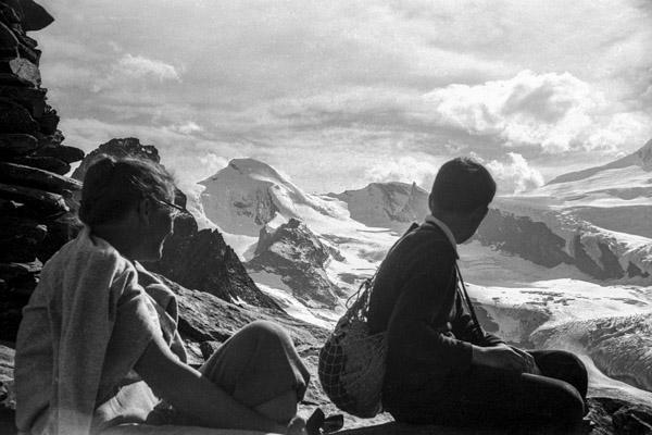 In_the_mountains_1963 - Gustav Eckart, Photographie