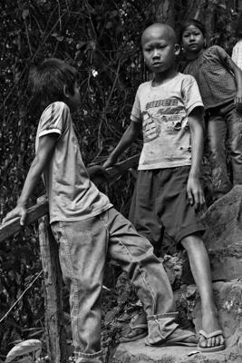 Kinder Sw 28 - Gustav Eckart, Photography
