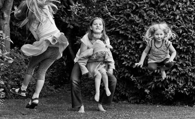 Kinder Sw 36 - Gustav Eckart, Photography