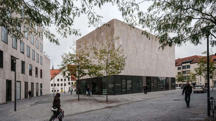 Munich 18 - Gustav Eckart, Photographie