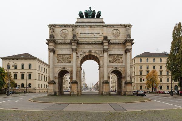 Munich 42 - Gustav Eckart, Photographie