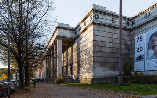 Munich 55 - Gustav Eckart, Photographie