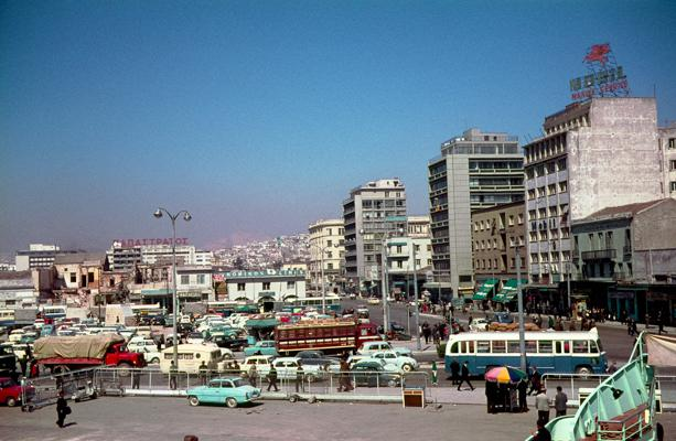 Piraeus - Gustav Eckart, Photographie