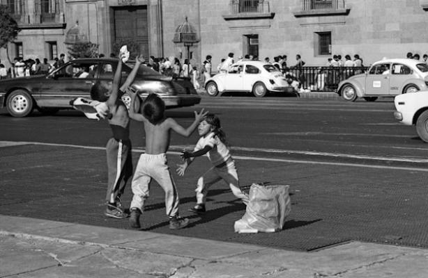 Kinder 86 - Gustav Eckart, Photographie